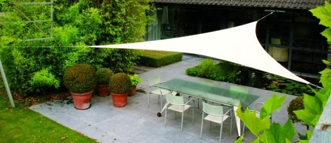 la toile tendue l id e d coration branch e et tr s. Black Bedroom Furniture Sets. Home Design Ideas