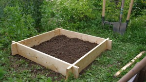 Cr er un carr potager dans son jardin sem jardin - Creer un jardin potager ...