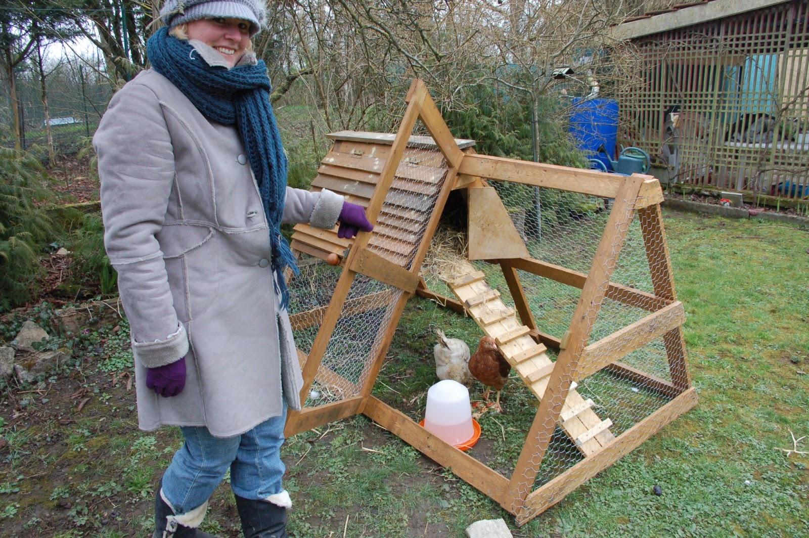 Gut gemocht Installer un poulailler dans son jardin, pour consommer des œufs  NG26
