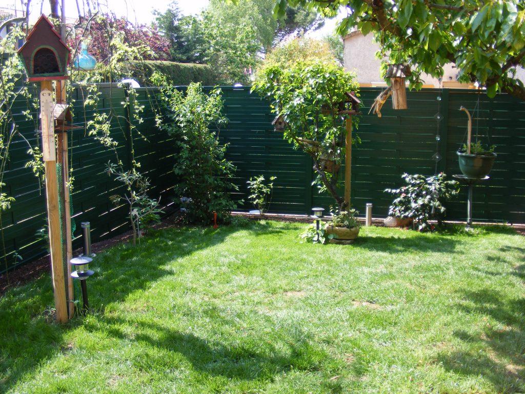 choisir une cl ture pour son jardin sem jardin. Black Bedroom Furniture Sets. Home Design Ideas