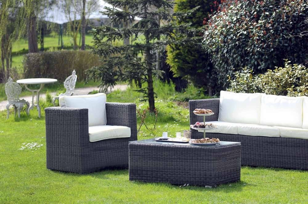 comment choisir un salon de jardin sem jardin. Black Bedroom Furniture Sets. Home Design Ideas