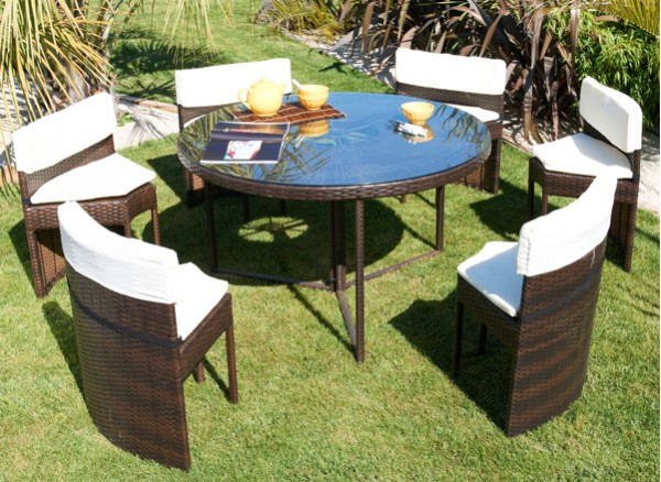 table-chaises-encastrables-resine-tressee