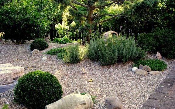 Comment cr er un jardin sur graviers sem jardin for Jardin gravier